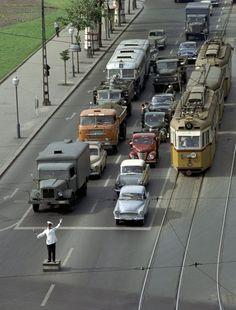 Light Rail, Bratislava, Historical Pictures, Good Old, Budapest, Vintage Photos, Arch, Europe, Street