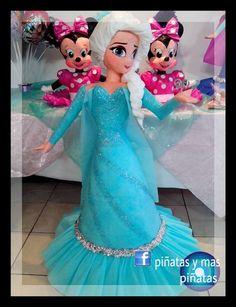Frozen Disney, Anna Disney, Elsa Frozen, Frozen Birthday Party, 6th Birthday Parties, Frozen Party, Princess Pinata, Frozen Princess, Paw Patrol Pinata