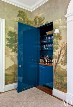 Lacquered bar hidden in dining room - Miles Redd's Latest Project Features A Pared-Down Palette Photos, Architectural Digest, January Architectural Digest, Pinterest Home, Decoration Bedroom, Glam Room, Floating, Dining Room Walls, Dining Area, Living Room, Home Trends