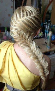 Easy-Side-Fishtail-Braid-Hairstyles
