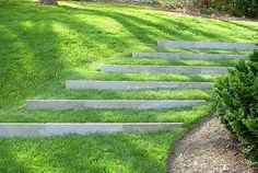 Backyard designs with terraces on hill slopes landscaping ideas for front yard . Terraced Landscaping, Landscaping On A Hill, Natural Landscaping, Landscaping Ideas, Walkway Ideas, Sloped Backyard, Sloped Garden, Landscape Stairs, Landscape Design
