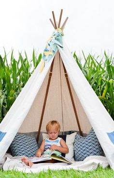 DIY No-Sew Teepee - perfect for the kids room or play room!   Project Nursery:
