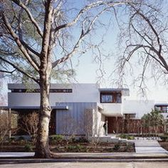 modern exterior by Ehrlich Architects | Flat Roofing, Flat Roofing Ideas - General Roofing Systems Canada (GRS) | www.grscanadainc.com | +1.877.497.3528