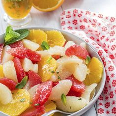 Citrus Fruit Salad with Honey Mint Lime Syrup Honey Recipes, Orange Recipes, Paleo Recipes, Recipe Using Honey, How To Make A Poached Egg, Honey Syrup, Supper Recipes, Fresh Lime Juice, Food Dishes