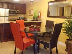Entire home/apt in Orlando, US. This luxury condo is perfect for a small family who wants to enjoy their vacation in Orlando, in a quiet and nice condo. It's located in the International Drive near the Disney parks, Sea World, Universal Studios and one of the most popular mall.