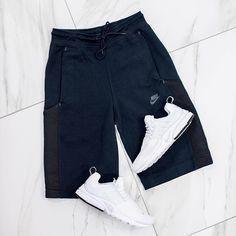 @nikewomen Tech Fleece shorts  nike presto = ultimate comfort #ateaze