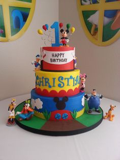 This fun Mickey and friends birthday cake by Party Flavors is sure to add excitement to any birthday party.