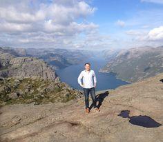 Fredrik/Norway - When in doubt, go hiking