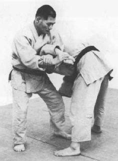 Daitō-ryū Aiki-jūjutsu originally called Daitō-ryū Jujutsu is a Japanese martial art that first became widely known in the early century under the headm. Aikido, Muay Thai, Mma, Marshal Arts, Ju Jitsu, Martial Arts Techniques, Warrior Spirit, Brazilian Jiu Jitsu, Mixed Martial Arts