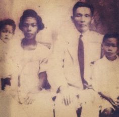Vintage Chinese-Jamaican AMBW Mary Ellis, William Chang Kwok Fei, and their children. Interracial couple with children.