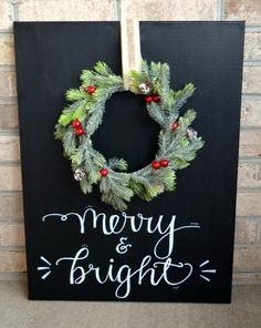 """""""Merry and Bright"""" Chalkboard Wreath"""