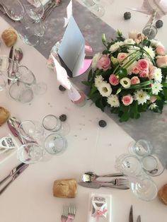 Mariage de Gaëlle et Jack -  2017 -  Art de la table    #cocktail #wedding #mariage #eyrignac #catering #traiteur #traiteurmariage #vindhonneur #miam #yummy #castellumtraiteur #dordogne #perigord #fleur #verrine #homemade #cuisine #faitmaison #fleur #bouquet #pink #grey #cook Dordogne, Bouquet, Cocktail, Pink, Gardens, Home Made, Flower, Room, Kitchens