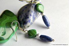 Ohrringe Amphitrite Malachite, Beaded Jewelry, Beading, Gemstone Rings, Inspire, Drop Earrings, Gemstones, Creative Products, Bead Jewelry