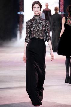 Twitter / VogueParis: Les images du défilé Ulyana Sergeenko haute couture automne-hiver 2013-2014