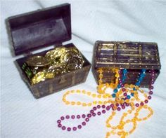 treasure chest party favors