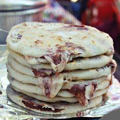 Pupusas  ( El Salvador ) Queso, revuelta, queso con loroco, de ayote, chicharrón...