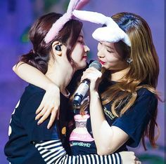 Twice Sana, One In A Million, Nayeon, Girl Group, Idol, Entertainment, Concert, Couples, Celebrities