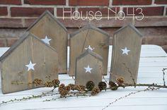 House No. 43: Holzhäuser, Treibholz, houses, DIY, wooden, stars
