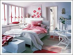 guest bedroom with blue and red