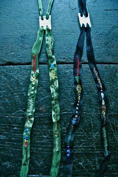 tie necklace / junko oki