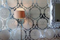 Ev Duvar Dekorasyonları Için Salonda Simli Parlak Kumaşlı Duvar