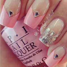 Pink and silver pointed french tip nails Get Nails, Fancy Nails, Love Nails, Pink Nails, Fabulous Nails, Gorgeous Nails, Pretty Nails, Bridal Nails, Wedding Nails