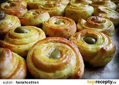 Slané pečivo s kurkumou recept - TopRecepty.cz Doughnut, Sausage, Meat, Food, Turmeric, Food Food, Beef, Meal, Sausages