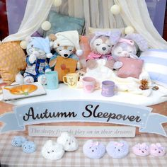 The lovely Autumn Sleepover collection came to Japan yesterday 🍂🌸💤💖 I wish I could fly to Tokyo Disney Sea and get all these pretties home… Duffy The Disney Bear, Disney Love, Walt Disney, Disney Cookies, Disney Cats, Roger Rabbit, Disney Phone Wallpaper, Tokyo Disney Sea, Cuddle Buddy
