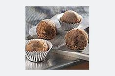 Flavoured with coffee and orange juice, the centres of these luscious truffles are made with marshmallow creme, chocolate cookie crumbs and pecans.