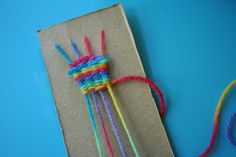 Image detail for -Pink and Green Mama: Cereal Box Weaving: Homemade Looms! Kids Crafts, Yarn Crafts, Craft Projects, Arts And Crafts, How To Make Scarf, Girl Scout Crafts, Camping Crafts, Fine Motor Skills, Fiber Art