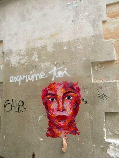 MANYOLY.  Rue des petits carreaux Paris