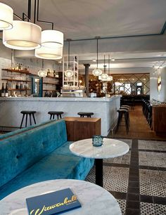 Witwenball: Get inspired with this modern design restaurant Restaurant Hamburg, Restaurant Bar, Lobby Bar, Hotel Lobby, Cafe Interior, Interior Design, Cafe Bar, Restaurant Design, Modern Design