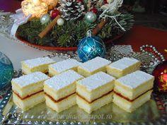 megliszteztem és a tésztalapokat azon Dairy, Sweets, Cheese, Table Decorations, Cake, Food, Gummi Candy, Candy, Kuchen