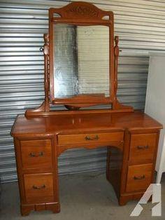 Antique Estate 1960u0027s Maple Vanity Dresser With Mirror VERY GOOD COND!