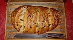 Medvehagymás magos kenyér Baking, Breads, Food, Bread Making, Patisserie, Essen, Backen, Braided Pigtails, Buns
