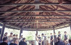 Wedding ceremony | Vintage wedding photography | www.newvintagemedia.ca