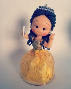 "54 curtidas, 1 comentários - Noivinhos Nê Biscuit (@nebiscuit) no Instagram: ""#biscuit #debutantes #polycol #porcelanafria #coldporcelain #topcakes #topodebolo"""