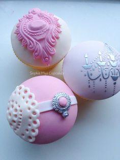 Vintage Cupcakes | by Sophia Mya Cupcakes