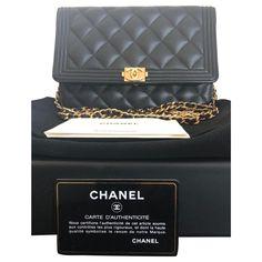 Sacs à main Chanel Sac Boys Wallets On Chain Chanel Cuir Noir Sac Boy, Stella Mc, Zadig And Voltaire, Hermione, Valentino Garavani, Luxury Handbags, Chanel Boy Bag, Salvatore Ferragamo, Chanel Handbags