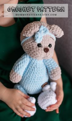 This crochet pattern contains a detailed description of how to create Teddy Bear, with a great amount of step-by-step photos and a list of necessary materials. Knit And Crochet Now, Cute Crochet, Crochet For Kids, Crochet Ideas, Crochet Projects, Crochet Patterns For Beginners, Crochet Patterns Amigurumi, Crochet Dolls, Amigurumi Toys
