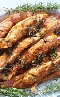 Fried red mullets With garlic, Vinegar and Rosemary Red Mullet, Mullets, Greek Recipes, Chicken Wings, Vinegar, Fries, Garlic, Pork, Herbs
