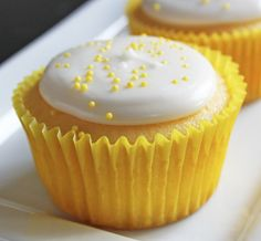 'Slimming Summer Sweets' from the Lilyshop Blog low fat lemon cupcakes
