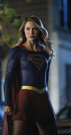 Supergirl (TV Series 2015– ) photos, including production stills, premiere photos and other event photos, publicity photos, behind-the-scenes, and more.