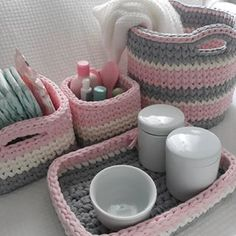 Crochet rug diy home 52 trendy ideas Diy Crochet Basket, Crochet Box, Crochet Basket Pattern, Love Crochet, Crochet Gifts, Beautiful Crochet, Knit Crochet, Crochet Patterns, Crochet Organizer