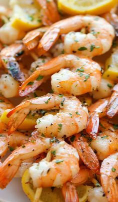 magicalfoodtime: (via Lemon Garlic Shrimp Kabobs - Damn Delicious) Grilling Recipes, Fish Recipes, Seafood Recipes, Cooking Recipes, Healthy Recipes, Shrimp Kabob Recipes, I Love Food, Good Food, Yummy Food