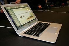 Have you ever thought why, despite of millions of dollars in budget, Apple is sticking to old MacBook Air design? Macbook Air Price, Macbook Air 13 Inch, Air Mac, Computer Books, Portable Tv, Apple Laptop, Photo Accessories, Laptop Computers, Digital Camera