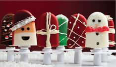 Wishing you a joyous holiday season! We hope these Quick Pops inspire you to make your own holiday creations.