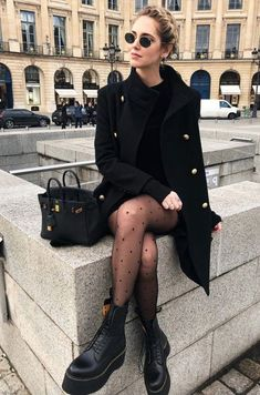street style outfit, all black outfits, winter outfits, cute black outfits, edgy… Outfits Street Style Edgy, Street Style Outfits, Edgy Outfits, Mode Outfits, Fashion Outfits, Womens Fashion, Black Outfits, Fashion Styles, Fashion Ideas