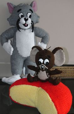 Tom and Jerry and cheese knitted toys