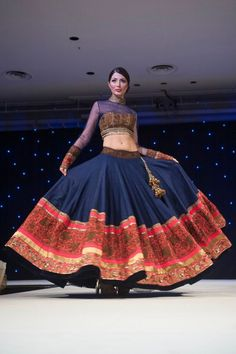 Manish Malhotra - neck and blouse ideas Pakistani Dresses, Indian Dresses, Indian Outfits, Women's Dresses, Indian Bridal Wear, Indian Wear, India Fashion, Ethnic Fashion, Indian Lehenga